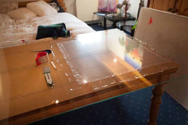 Folien auf Glasplatten vorgespannt geklebt