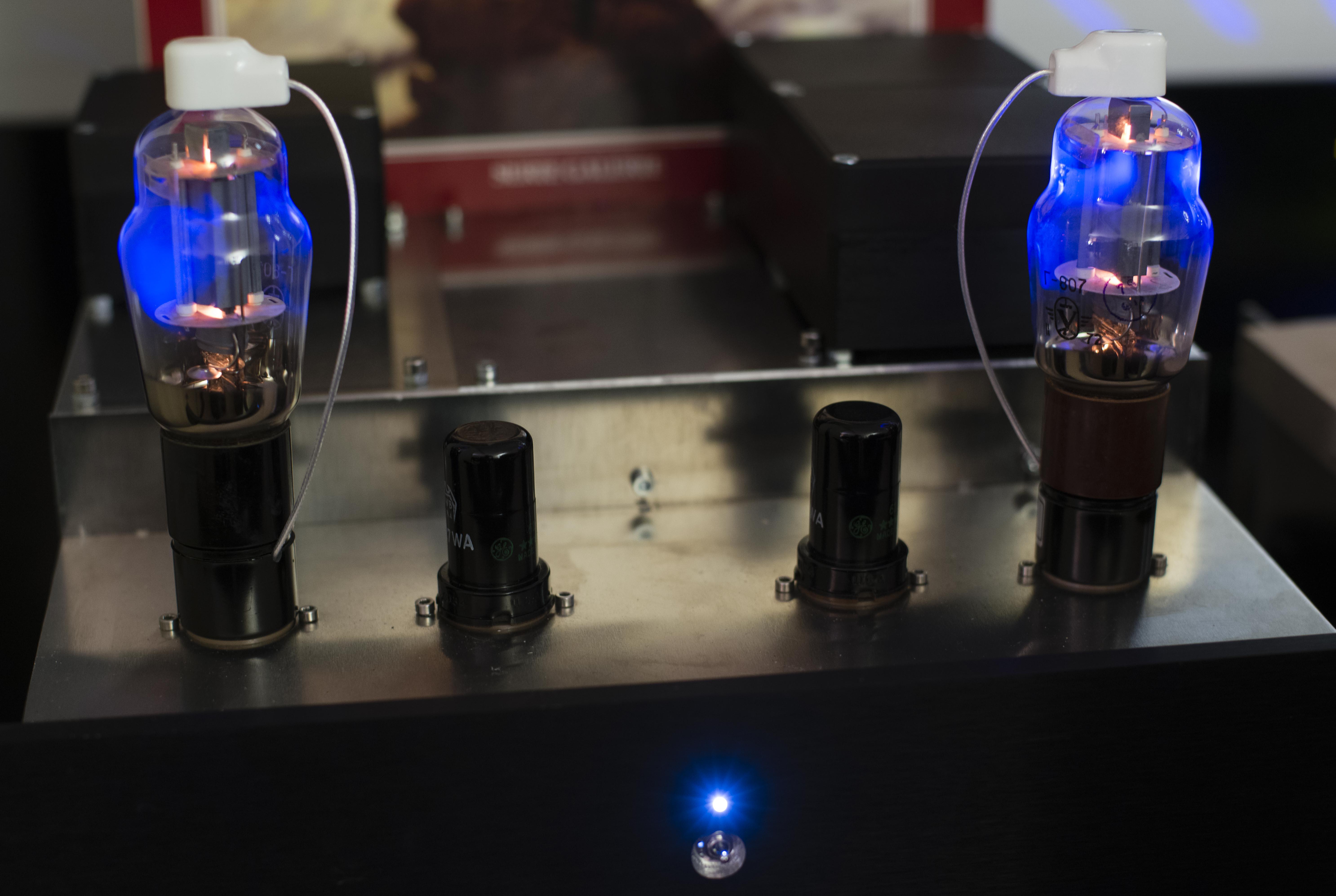 STP 0042MTA Amp 807
