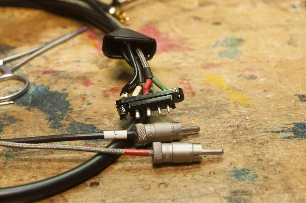 Elektronik alte Verkabelung BTS12