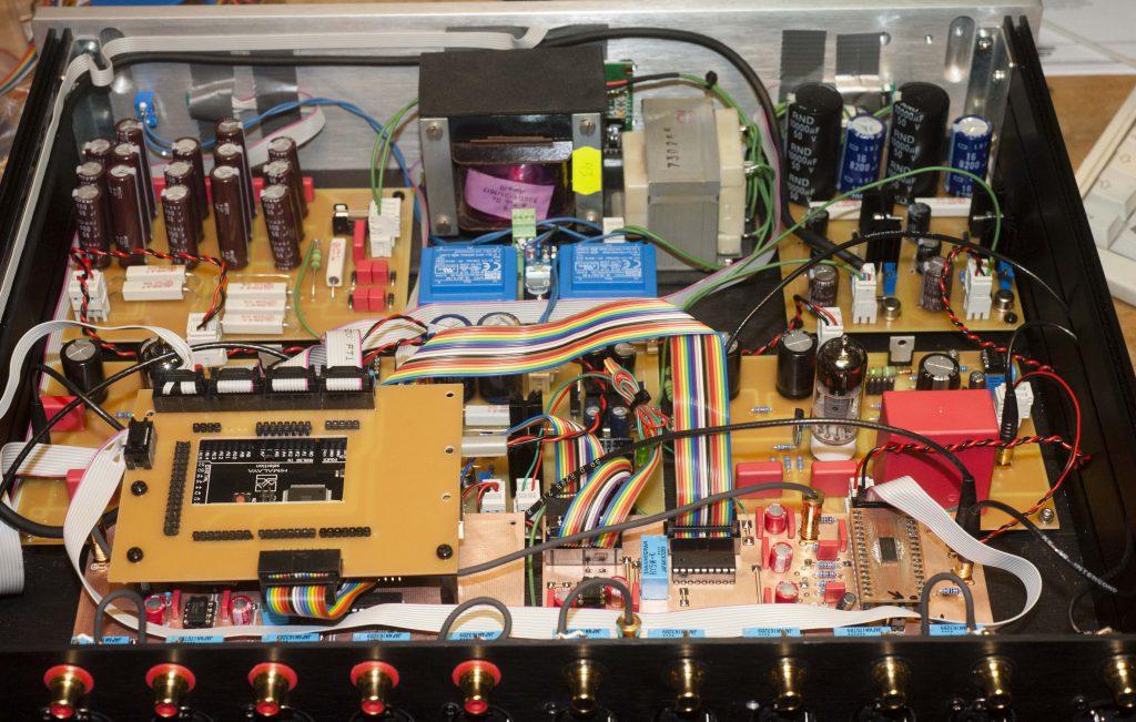 Preline MTA symmetrich Innenleben Mikrokontroller