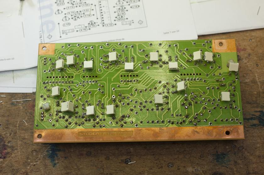Inputplatine B750 Unterseite Bypasskondensatoren