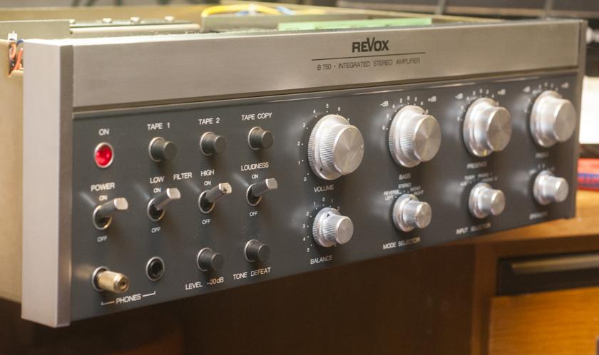 Revox B750 revidierte Front
