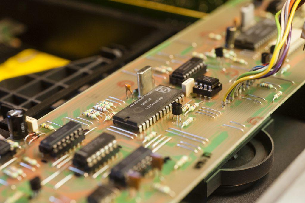 revox-online Mikrocontrollerkarte