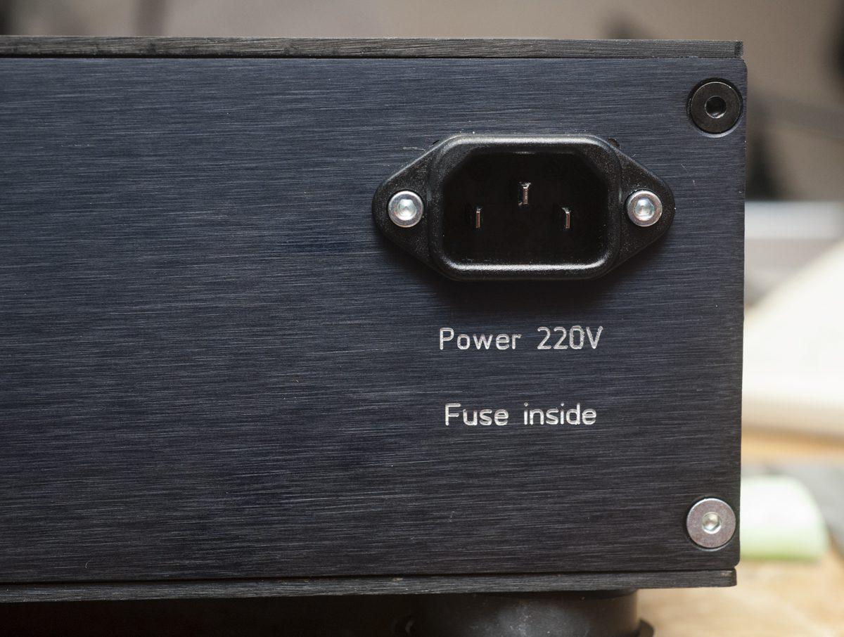 EMT139 Version 2 – Phonovorverstärker mit eingebauten Übertrager und Mehrfacheingang